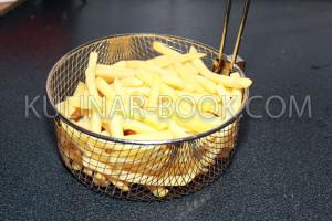 Картошка фри в корзине для жарки